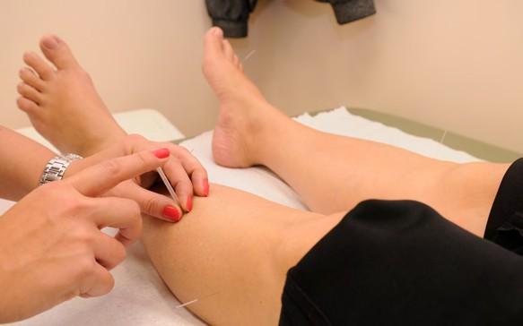 La acupuntura ¿Es posible estar recibiendo un tratamiento para el cáncer y sentirse bien?